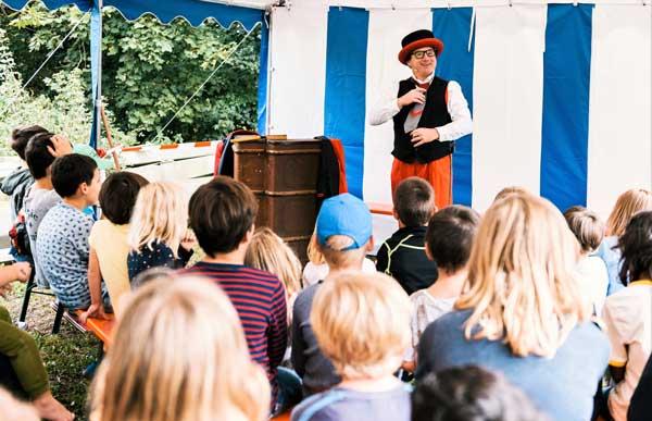 Clown im Zirkus Rottenburg