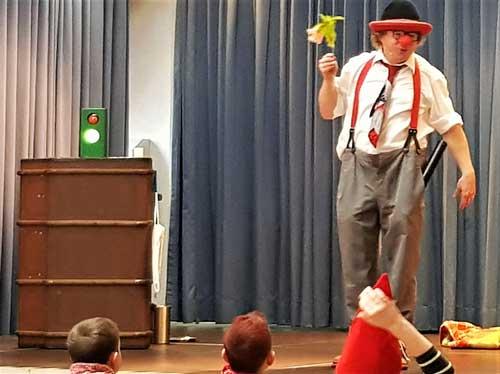 Zauberer und Clown in Ehingen für Kindergeburtstag